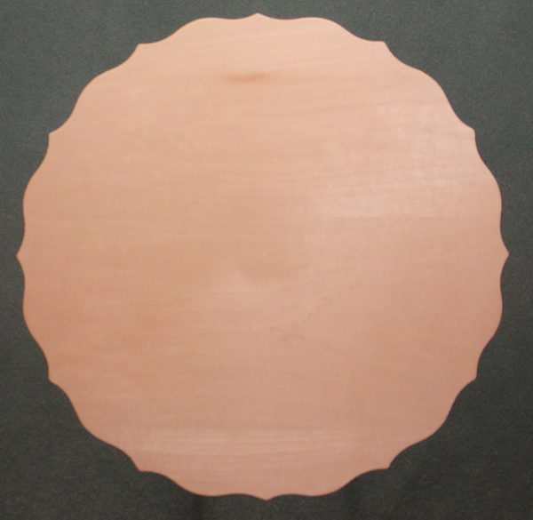 Scalloped Scoop Plate