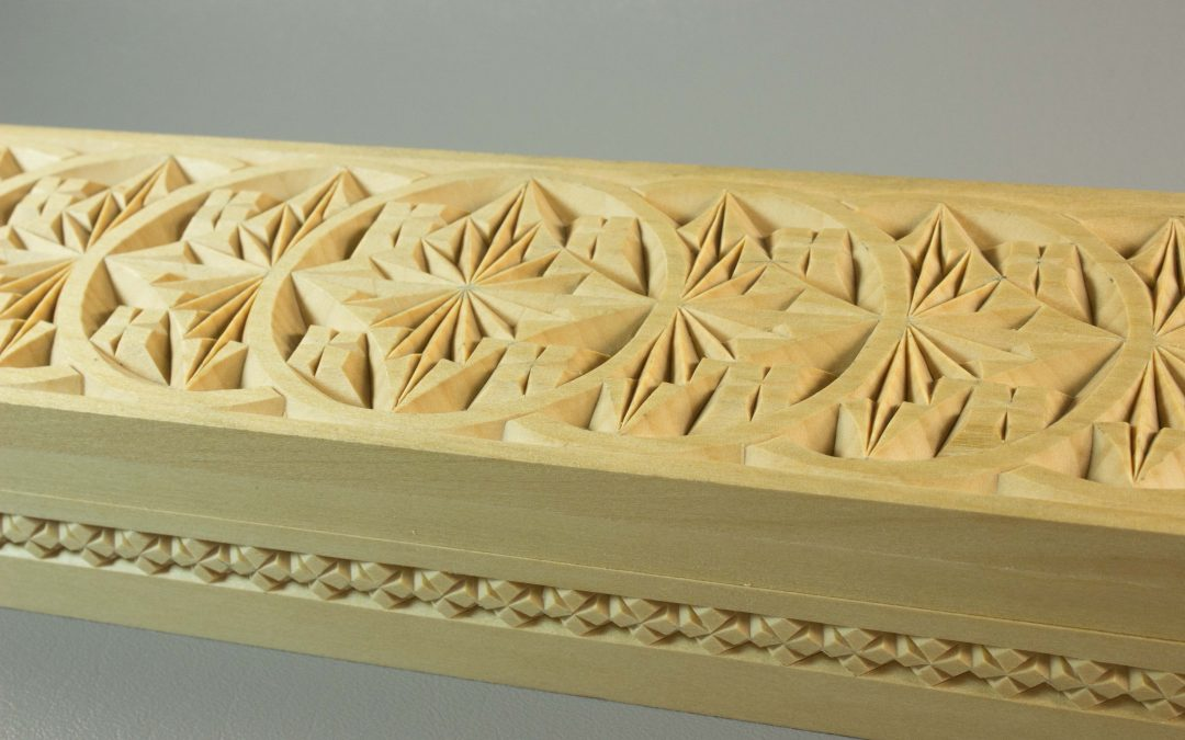 Pencil / Candle Box, repeating rosettes